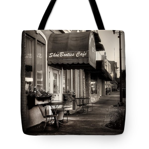Sidewalk At Shoebooties Cafe In Black And White Tote Bag