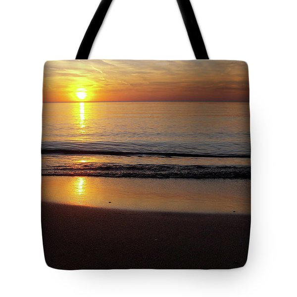 Silent Sunset Tote Bag