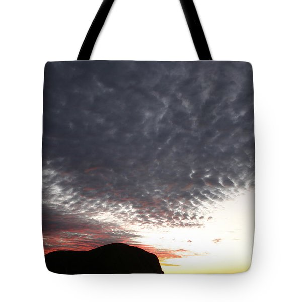 Silhouette Of Uluru At Sunset Tote Bag