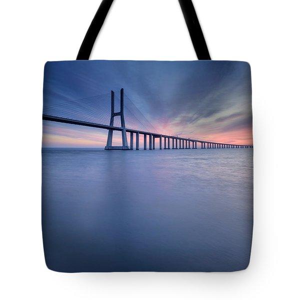 Simple Long Bridge Tote Bag