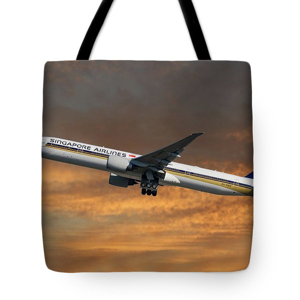 Singapore Airlines Boeing 777-312 3 Tote Bag