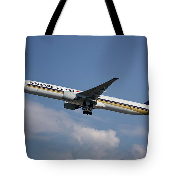 Singapore Airlines Boeing 777-312 4 Tote Bag