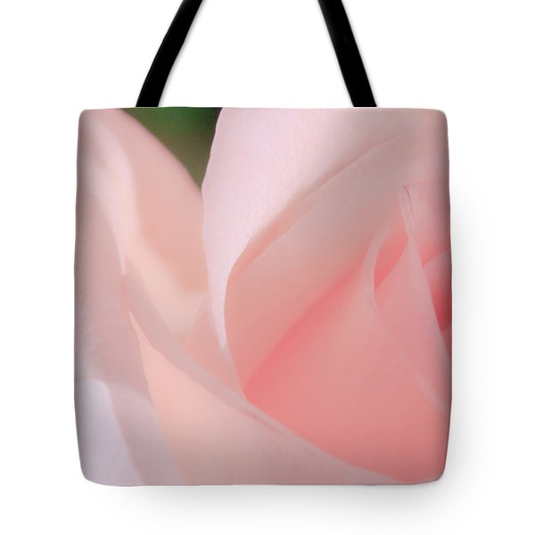 Singular Beautiful Pink Rose Tote Bag