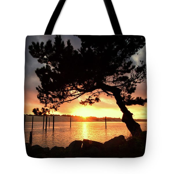 Siuslaw River Autumn Sunset Tote Bag