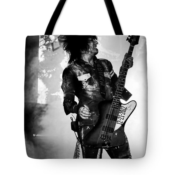 Tote Bag featuring the photograph Sixx by Traci Cottingham