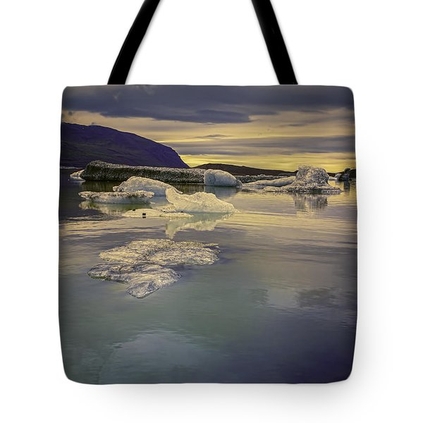 Tote Bag featuring the photograph Skaftafellsjokull Lagoon by Nancy Dempsey