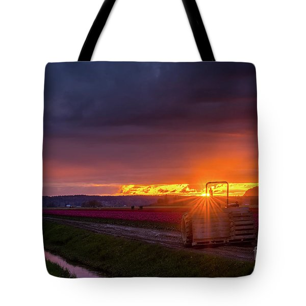 Tote Bag featuring the photograph Skagit Valley Tractor Sunstar by Mike Reid