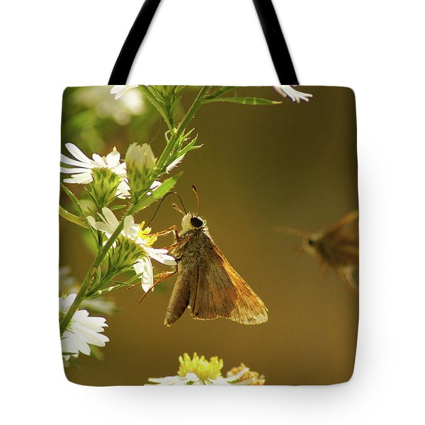 Skipper Date Tote Bag by Thomas Bomstad
