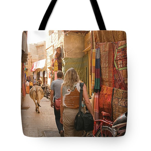 Skn 1226 Squeezed Lane Tote Bag