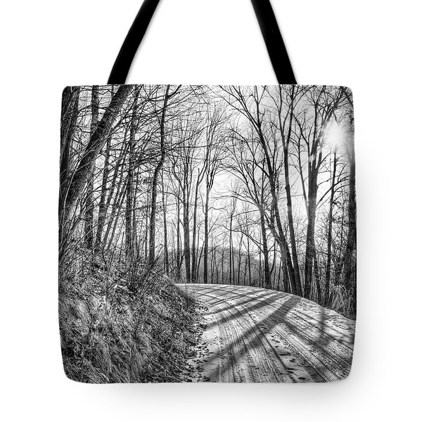 Tote Bag featuring the photograph Sleep Hallow Road by Dan Traun