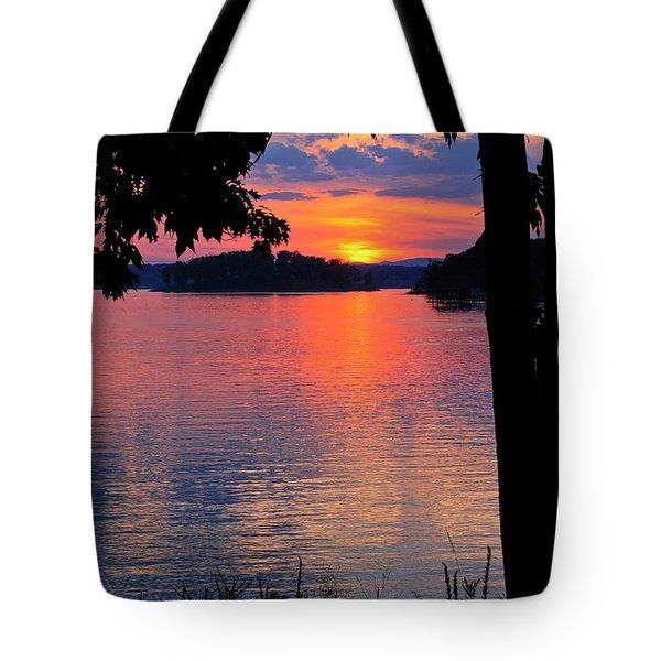 Smith Mountain Lake Sunset Tote Bag