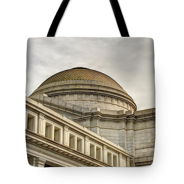 Smithsonial National History Museum Tote Bag