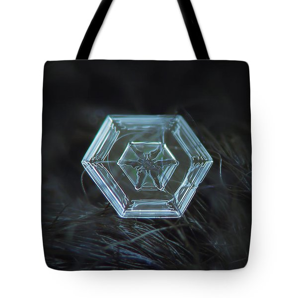 Snowflake Photo - Radiant Green Tote Bag