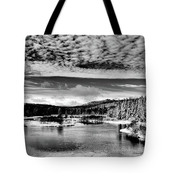 Snowy Day At The Green Bridge Tote Bag by David Patterson
