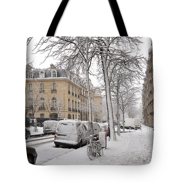 Snowy Day In Paris Tote Bag by Louise Heusinkveld