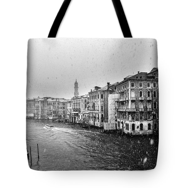 Snowy Day In Venice Tote Bag