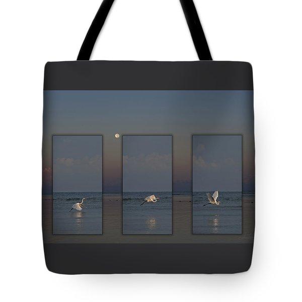 Snowy Egret Moon Tote Bag