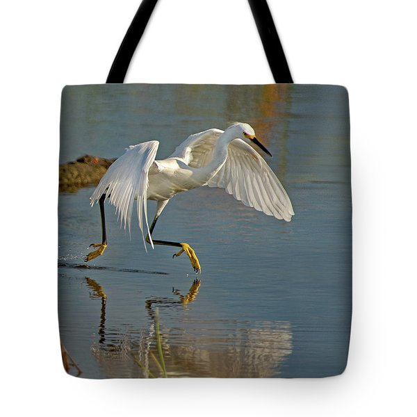 Snowy Egret On The Move Tote Bag