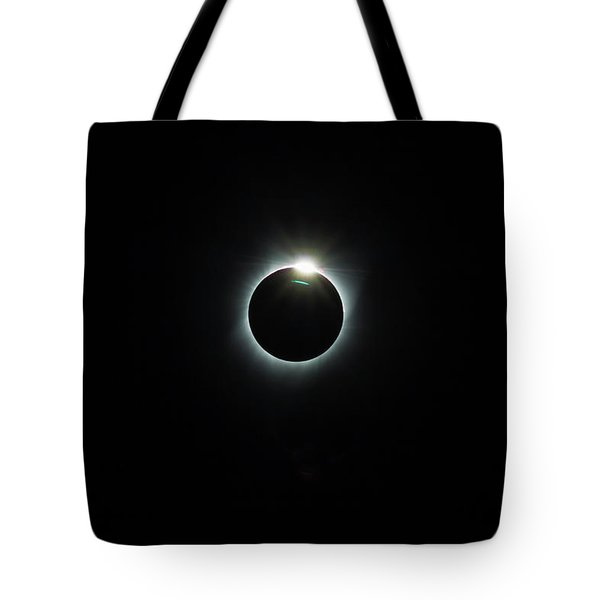 Solar Eclipse 2017 Tote Bag by David Gn