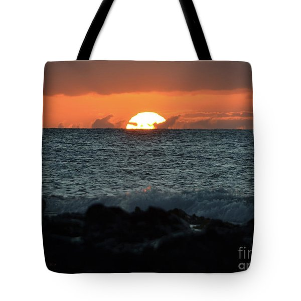 Solar Splash Down Tote Bag