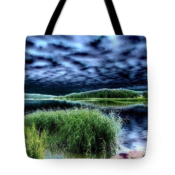 Solarisation4 Tote Bag