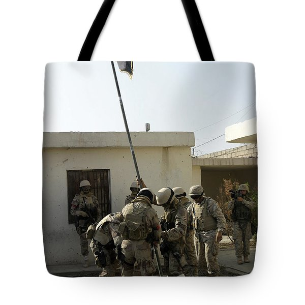 Soldiers From The Iraqi Special Forces Tote Bag by Stocktrek Images