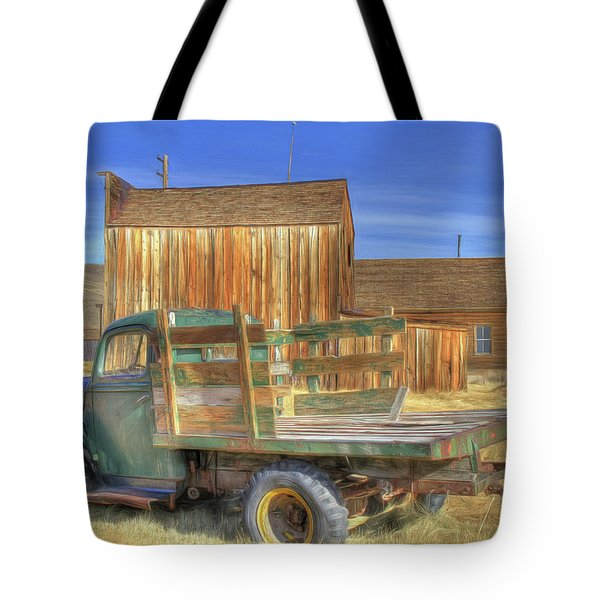 Tote Bag featuring the photograph Somethin' 'bout A Truck by Donna Kennedy