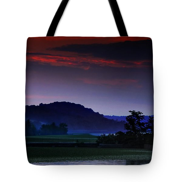 Spectral Crossing Tote Bag