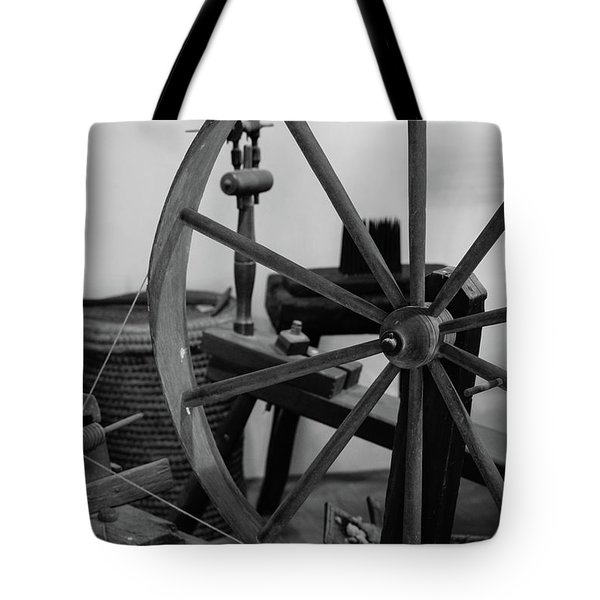 Spinning Wheel At Mount Vernon Tote Bag