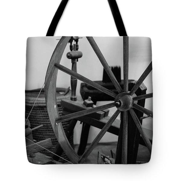 Spinning Wheel At Mount Vernon Tote Bag