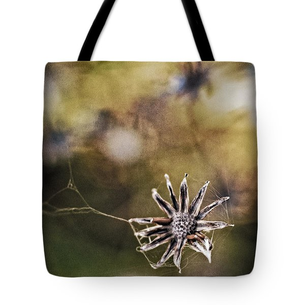 Spinnumwobner Bluetenstand Tote Bag