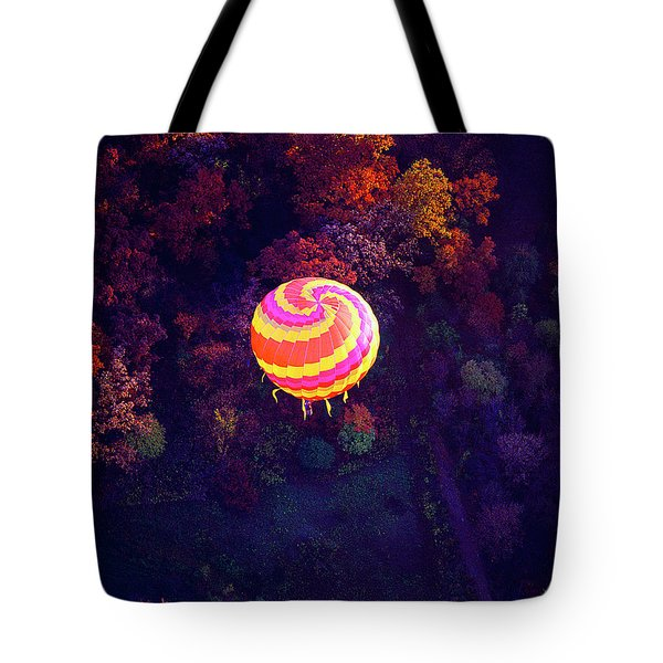 Spiral Colored Hot Air Balloon Over Fall Tree Tops Mchenry   Tote Bag