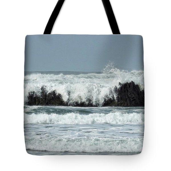 Tote Bag featuring the photograph Splash by Peggy Hughes