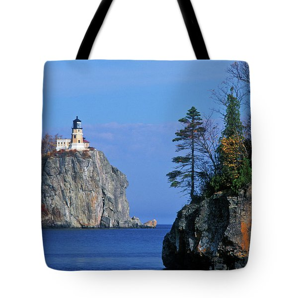 Split Rock Lighthouse - Fs000120 Tote Bag