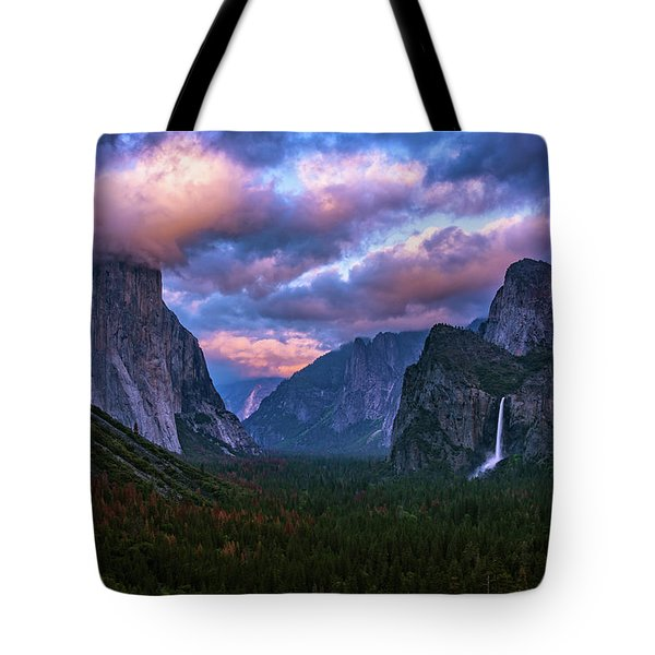 Spring Sunset At Yosemite's Tunnel View Tote Bag