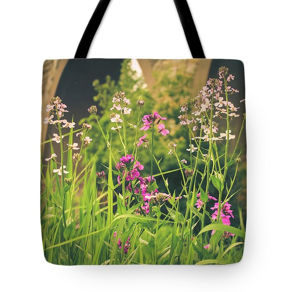 Spring Under The Arches Tote Bag