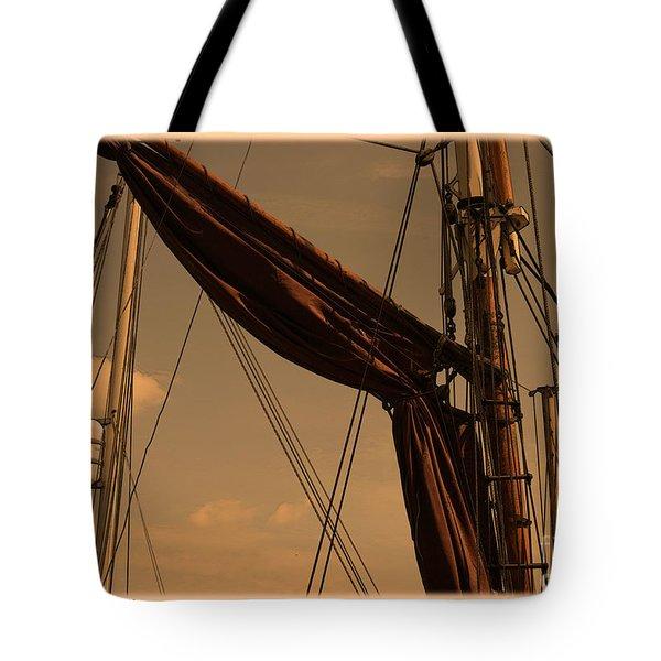 Spritsail Barge - Snape Maltings Tote Bag