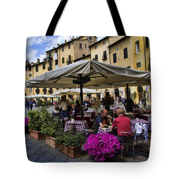 Square Amphitheater In Lucca Italy Tote Bag by David Smith