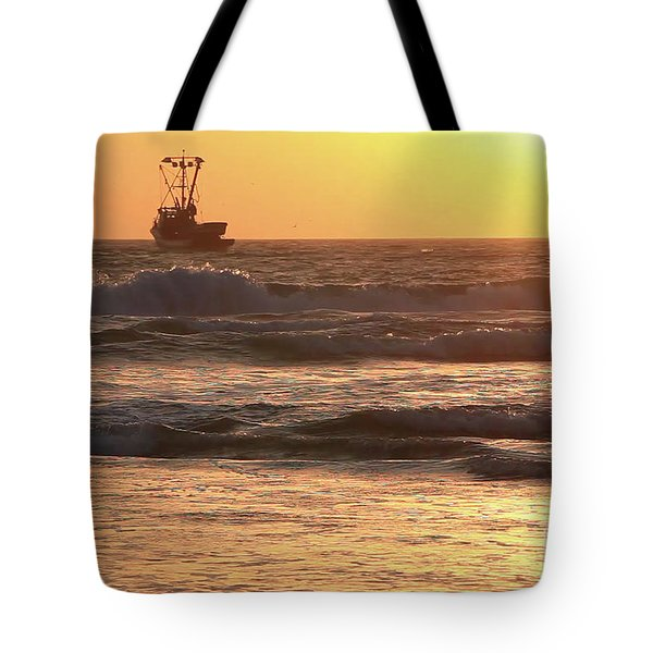 Squid Boat Golden Sunset Tote Bag