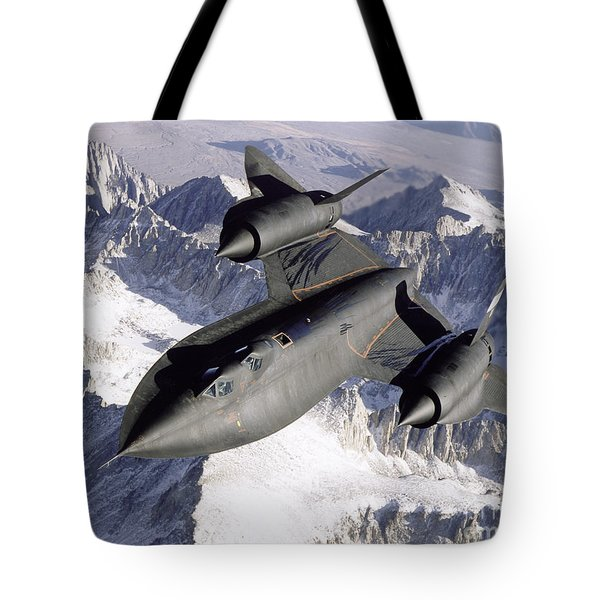 Sr-71b Blackbird In Flight Tote Bag
