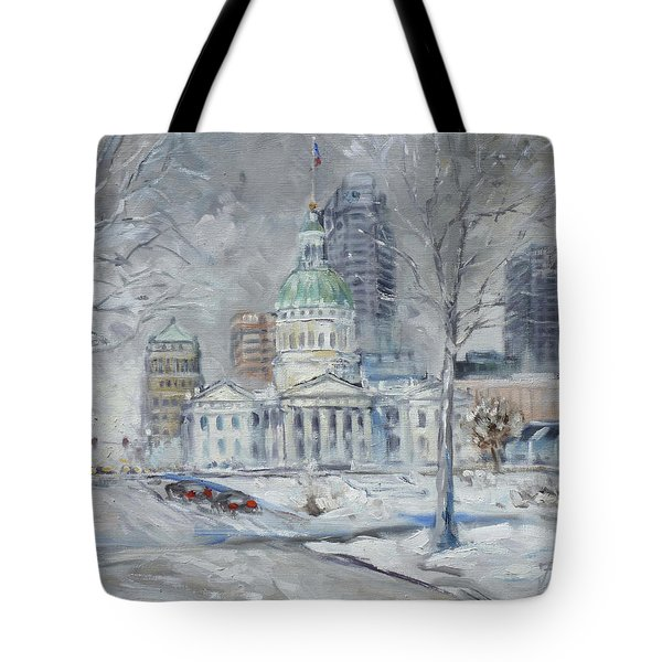 St. Louis Downtown Old Courthouse Tote Bag