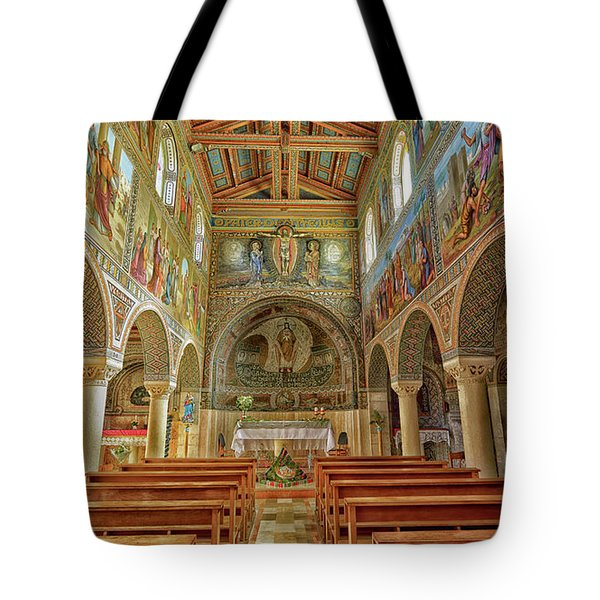 St Stephen's Basilica Tote Bag by Uri Baruch