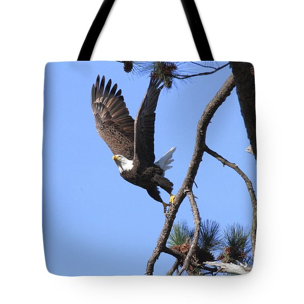 Tote Bag featuring the photograph Standing Eagle by Geraldine DeBoer