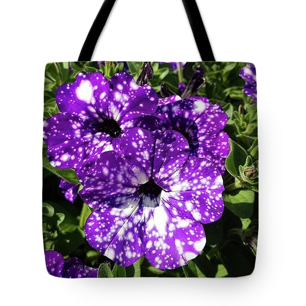 Starry Petunias... Tote Bag