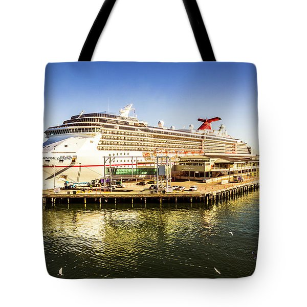 Station Pier Cruise Tote Bag