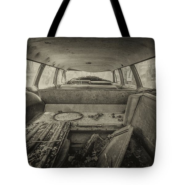 Station Wagon Tote Bag
