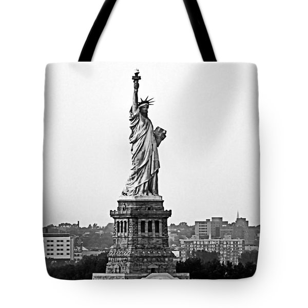 Tote Bag featuring the photograph Statue Of Liberty Black And White by Kristin Elmquist
