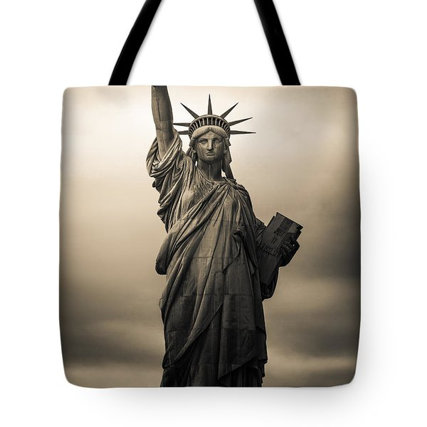 Statute Of Liberty Tote Bag by Tony Castillo