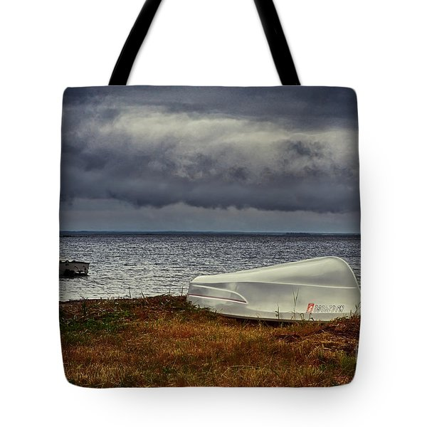 Tote Bag featuring the photograph Staying Ashore by Mark Miller