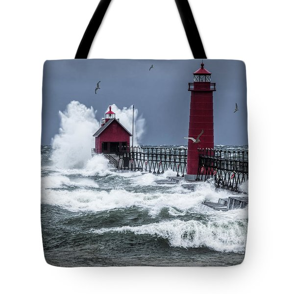Storm On Lake Michigan By The Grand Haven Lighthouse With Flying Gulls Tote Bag